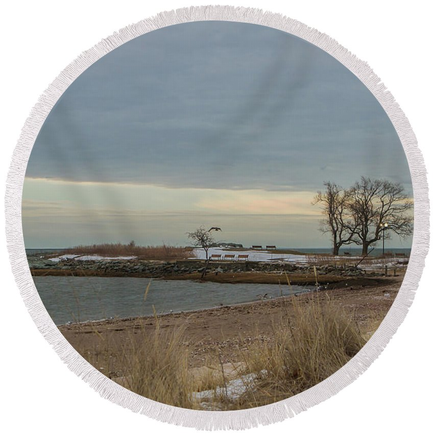 Ocean Round Beach Towel featuring the photograph Cold Morning by Barbara Blanchard