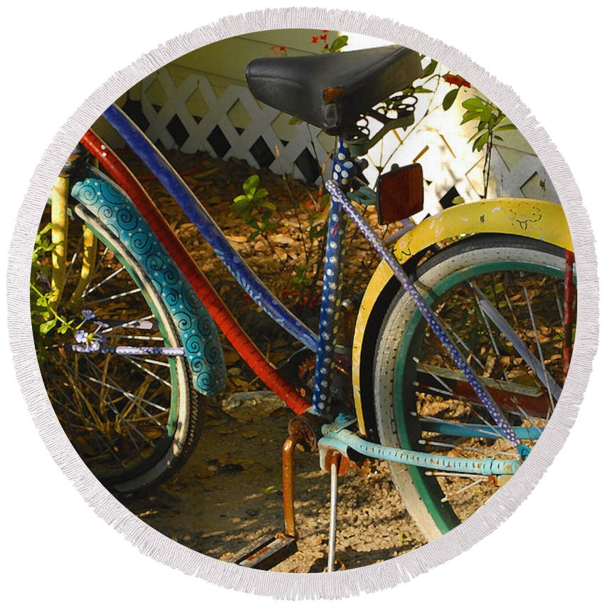 Bicycle Round Beach Towel featuring the photograph Colorful Bike by David Lee Thompson
