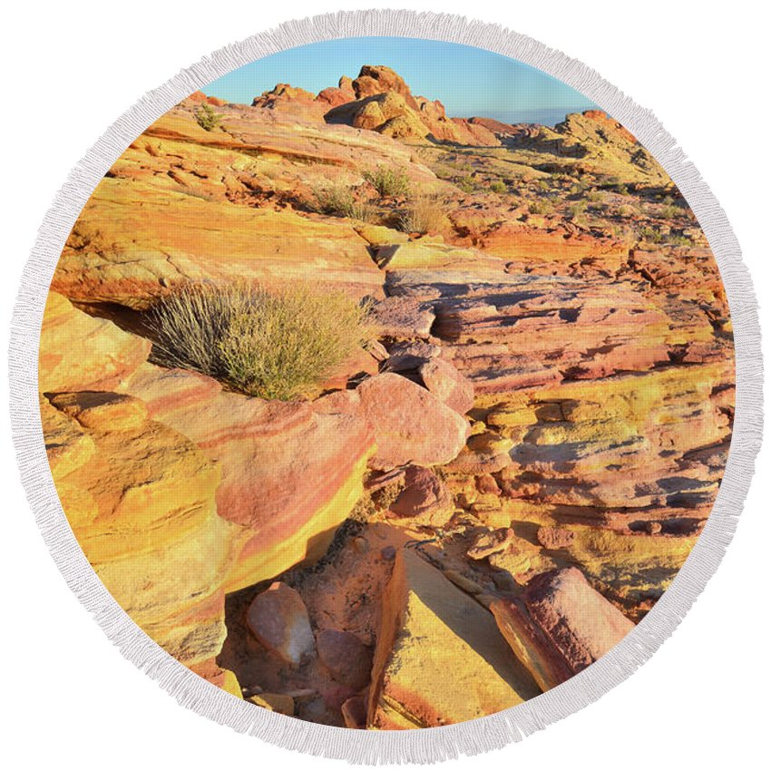 Valley Of Fire State Park Round Beach Towel featuring the photograph Colorful Morning At Valley Of Fire by Ray Mathis