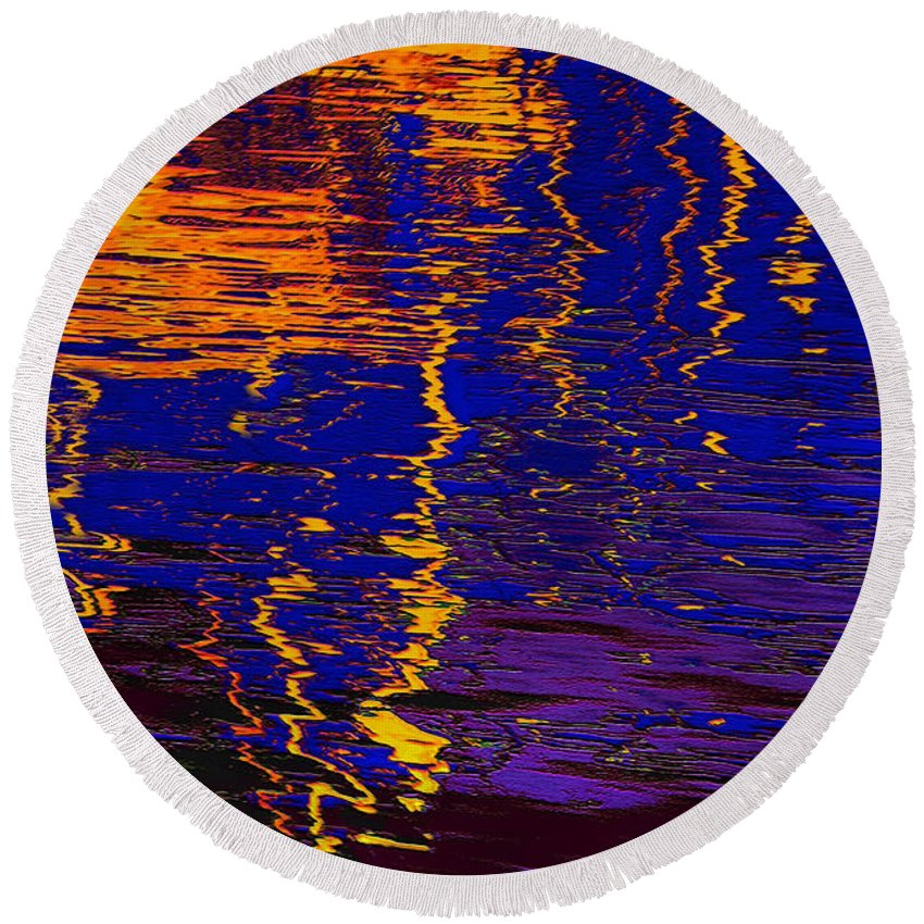 Abstract Round Beach Towel featuring the digital art Colorful Ripple Effect by Danuta Bennett