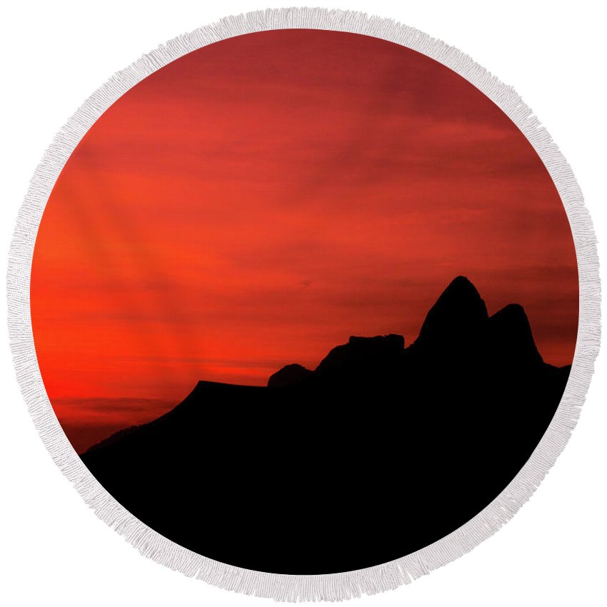 Ipanema Round Beach Towel featuring the photograph Colorful Sunset by Cesar Vieira
