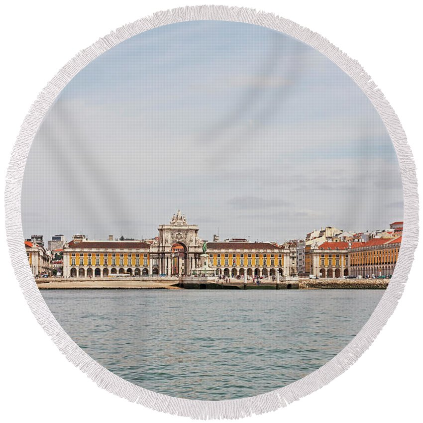 Ancient Round Beach Towel featuring the photograph Commerce Square by Moura Pereira