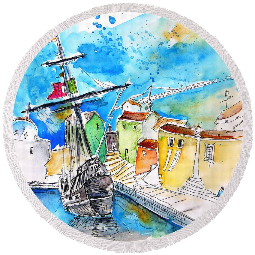 Portugal Round Beach Towel featuring the painting Conquistador Boat In Portugal by Miki De Goodaboom