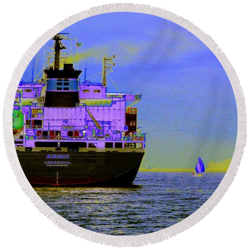 Seattle Round Beach Towel featuring the photograph Container Sail by Tim Allen