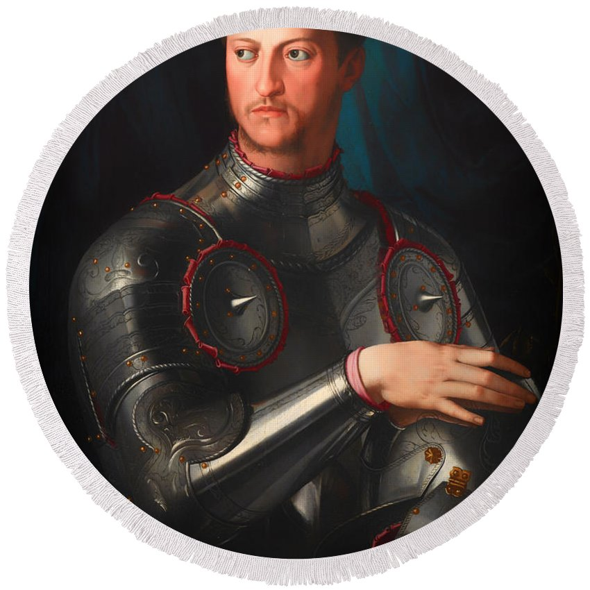 Painting Round Beach Towel featuring the painting Cosimo L De' Medici In Armour by Mountain Dreams
