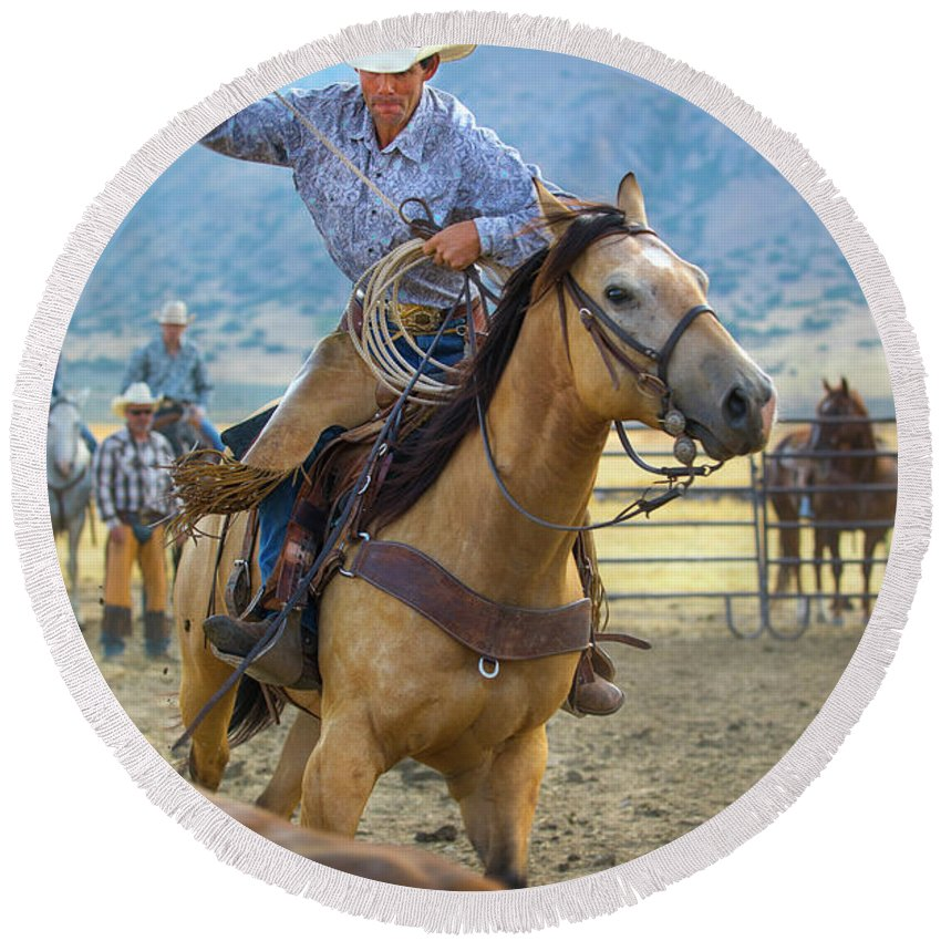 Cowboy Round Beach Towel featuring the photograph Cowboy Roping A Steer by Diane Diederich
