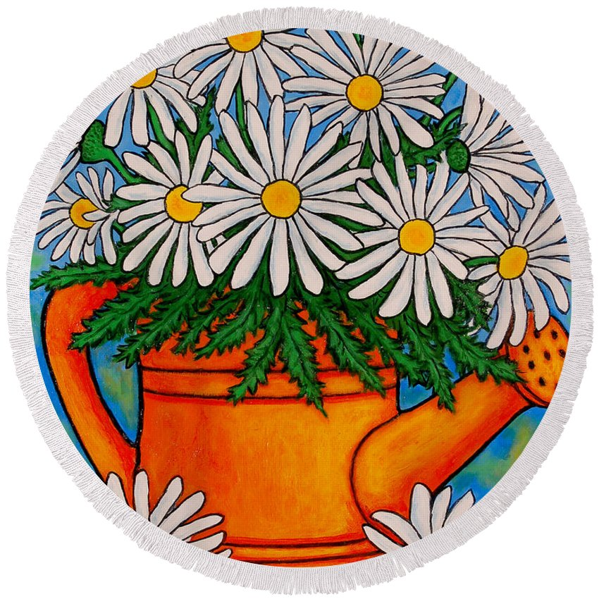 Daisies Round Beach Towel featuring the painting Crazy For Daisies by Lisa Lorenz