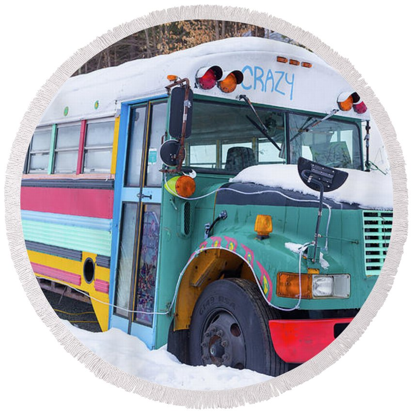 Hippy Round Beach Towel featuring the photograph Crazy Painted Old School Bus In The Snow by Edward Fielding