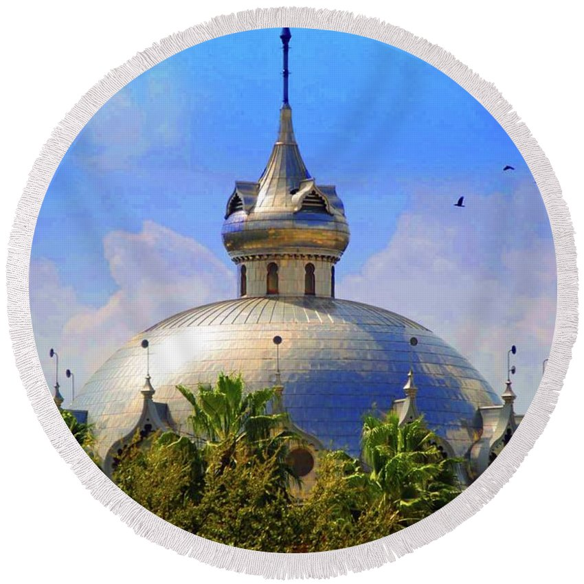 University Of Tampa Round Beach Towel featuring the photograph Crescent Of The Dome by Jost Houk