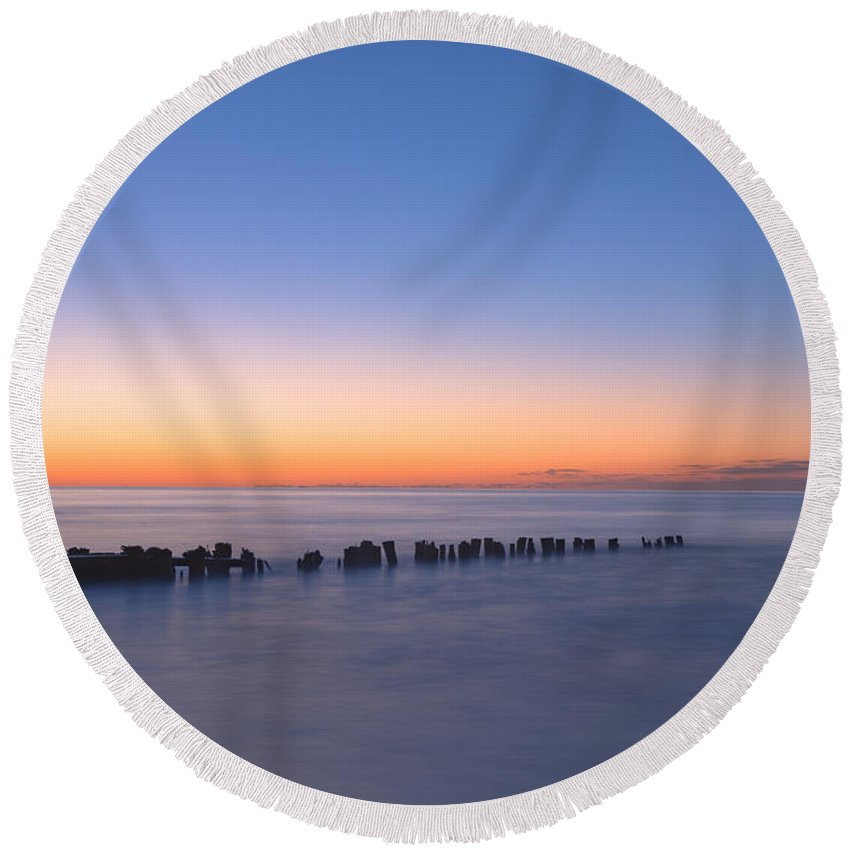 Folly Beach Round Beach Towel featuring the photograph Crescent Sunrise by Richard Sandford