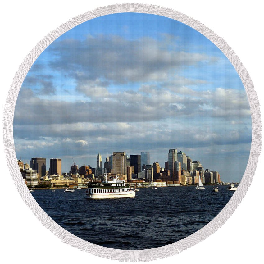 Water Boat Round Beach Towel featuring the photograph Cruising On The Hudson by Kendall Eutemey