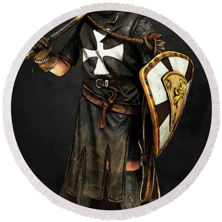 Crusader Knight Round Beach Towel featuring the painting Crusader Warrior - 02 by Andrea Mazzocchetti