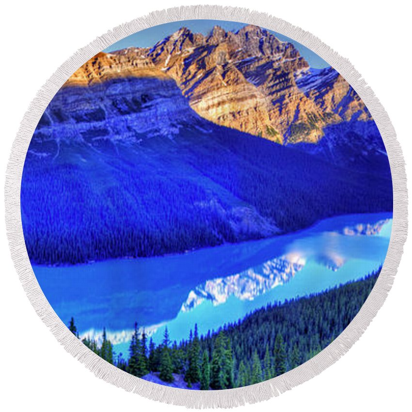 Lake Round Beach Towel featuring the photograph Crystal Lake by Scott Mahon
