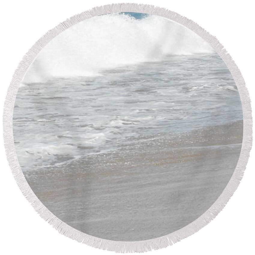 Bah De Banderas Round Beach Towel featuring the photograph Cumulus Duplicity by Ginger Repke