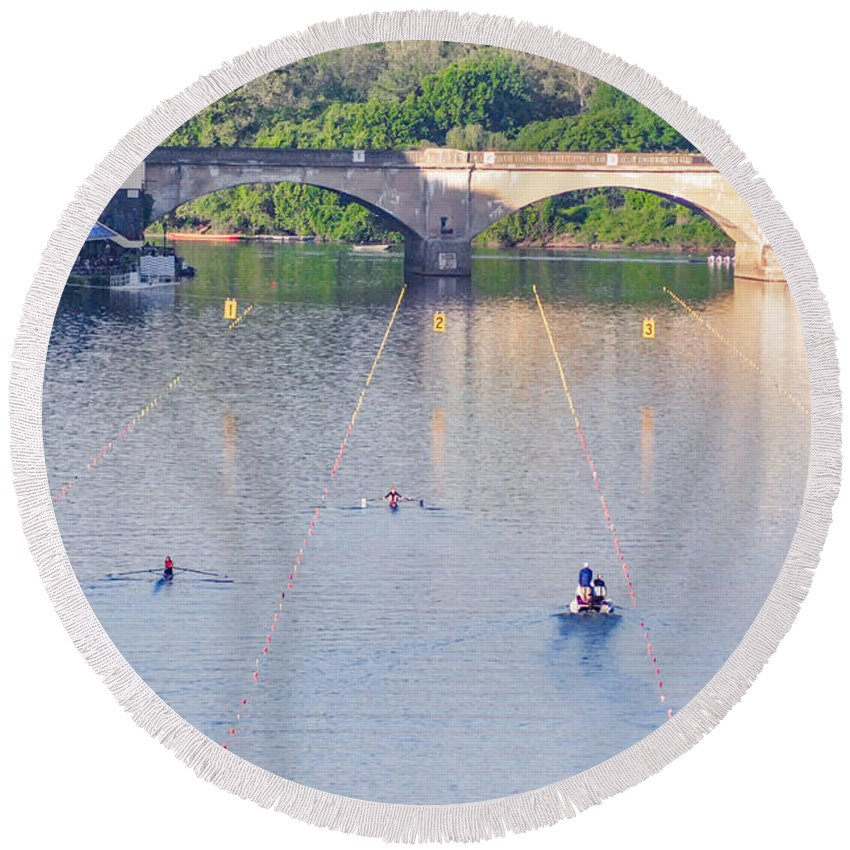 Dad Round Beach Towel featuring the photograph Dad Vail Regatta - Philadelphia Pa by Bill Cannon
