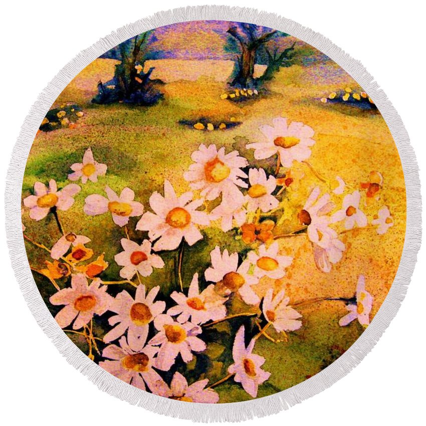 Daisies Round Beach Towel featuring the painting Daisies In The Sun by Carole Spandau