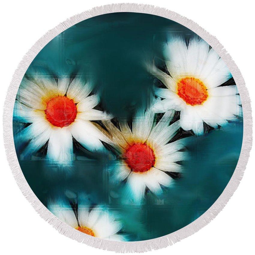 Flowers Round Beach Towel featuring the photograph Daisy Blue by Linda Sannuti