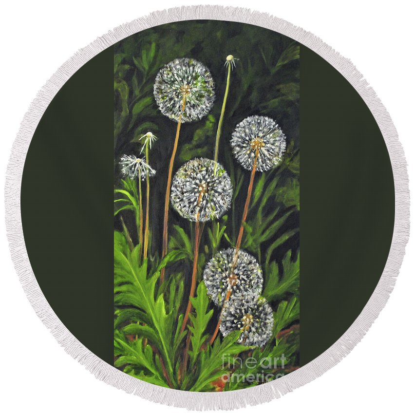 Dandelion Round Beach Towel featuring the painting Dandelion Puff by Carolyn Shireman