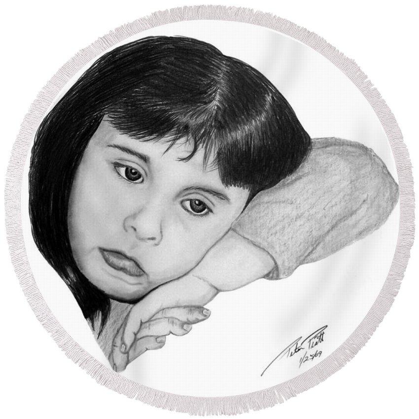 Portrait Sketch Round Beach Towel featuring the drawing Dannie by Peter Piatt