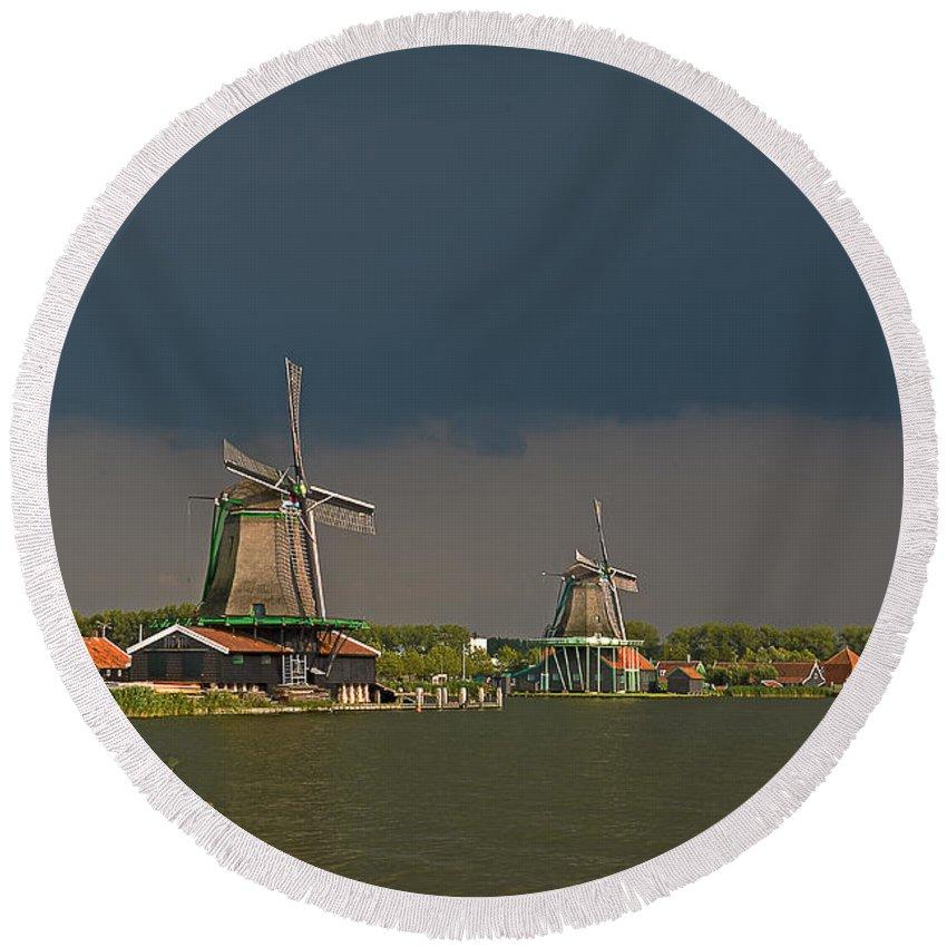 Windmill Round Beach Towel featuring the photograph Dark Clouds Above Zaanse Schans by Frans Blok