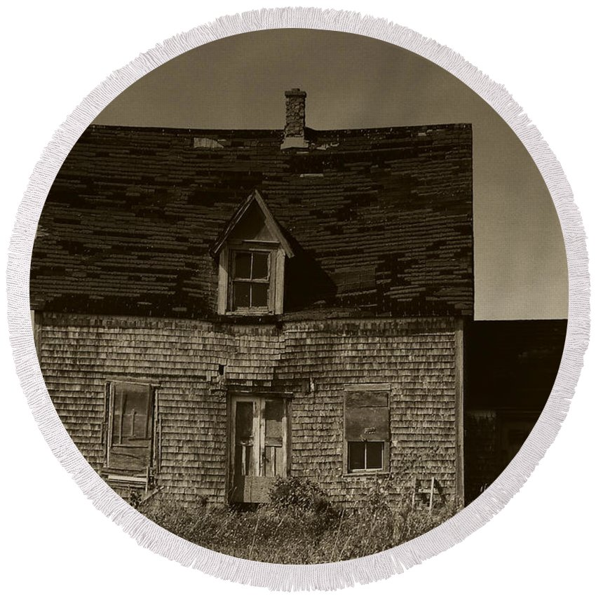 Old House Round Beach Towel featuring the photograph Dark Day On Lonely Street by RC DeWinter