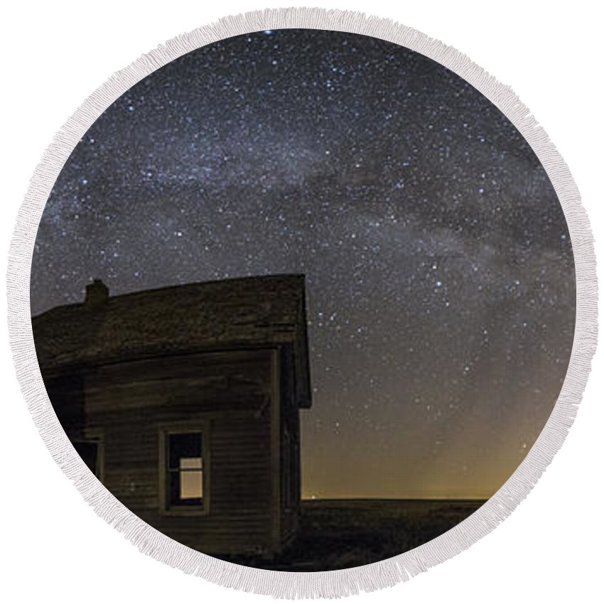Milky Way Round Beach Towel featuring the photograph Dark Place Pano by Aaron J Groen