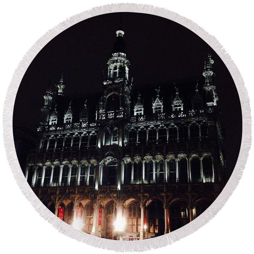 Brussels Round Beach Towel featuring the photograph Darken 'city Hall by Jost Houk