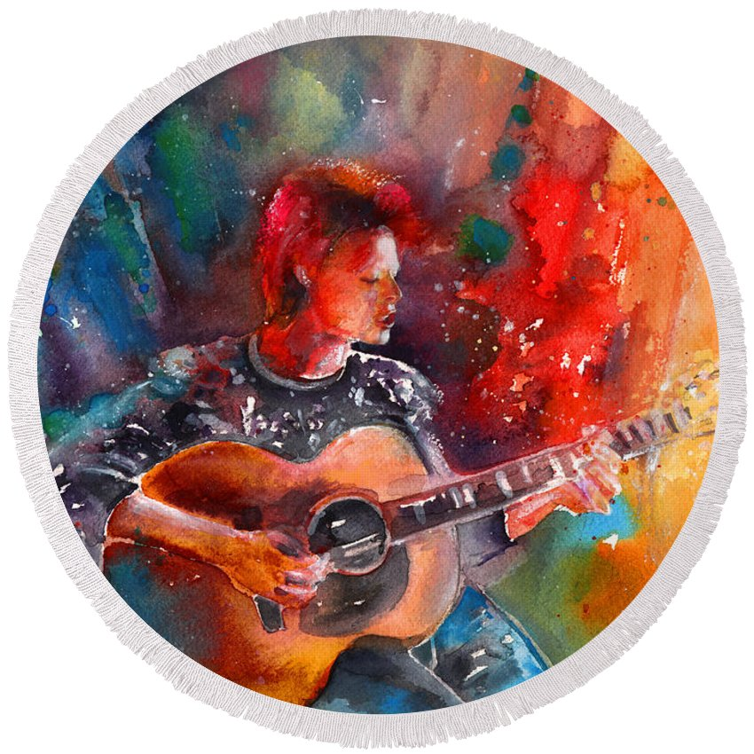 Music Round Beach Towel featuring the painting David Bowie In Space Oddity by Miki De Goodaboom