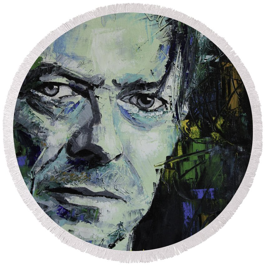 David Bowie Round Beach Towel featuring the painting David Bowie by Richard Day
