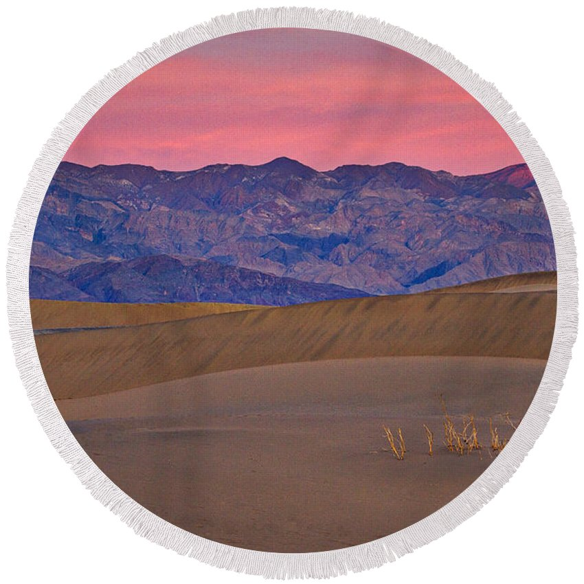 California Round Beach Towel featuring the photograph Dawn At Mesquite Flat #3 - Death Valley by Stuart Litoff