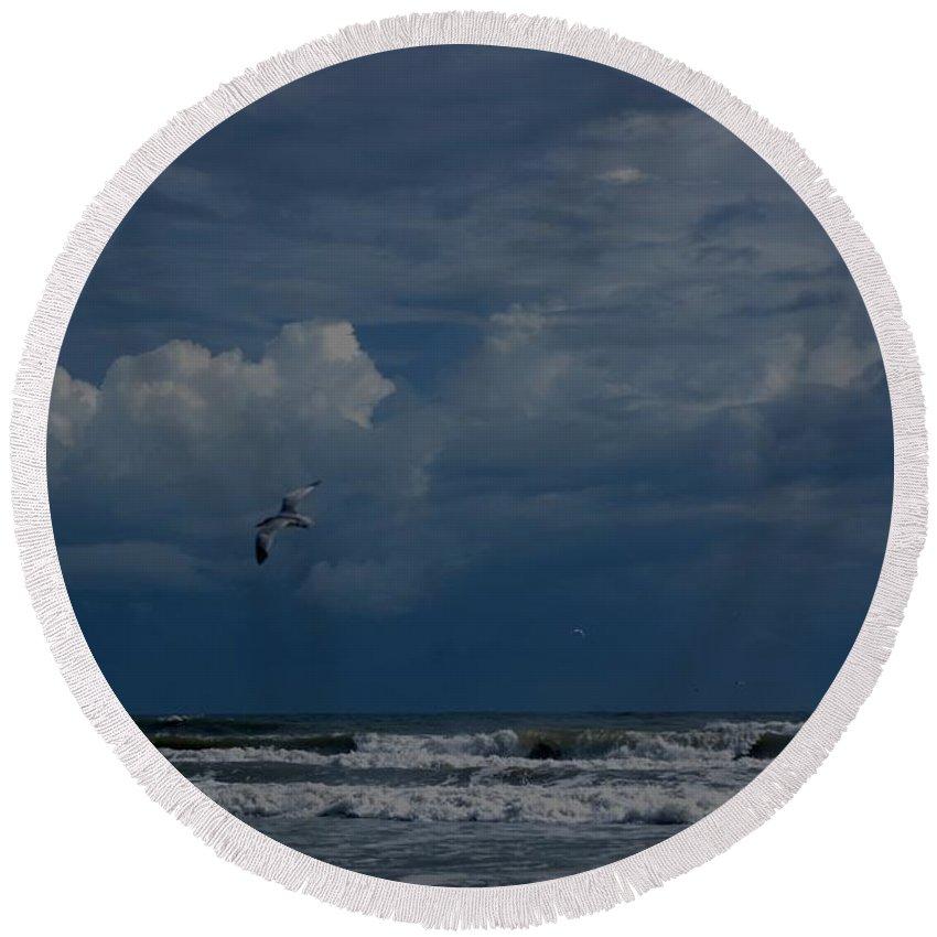 Daytona Beach Round Beach Towel featuring the digital art Daytona Beach Kind Of Day by David Lane