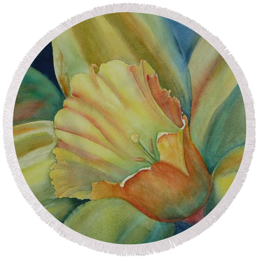 Flower Round Beach Towel featuring the painting Dazzling Daffodil by Ruth Kamenev