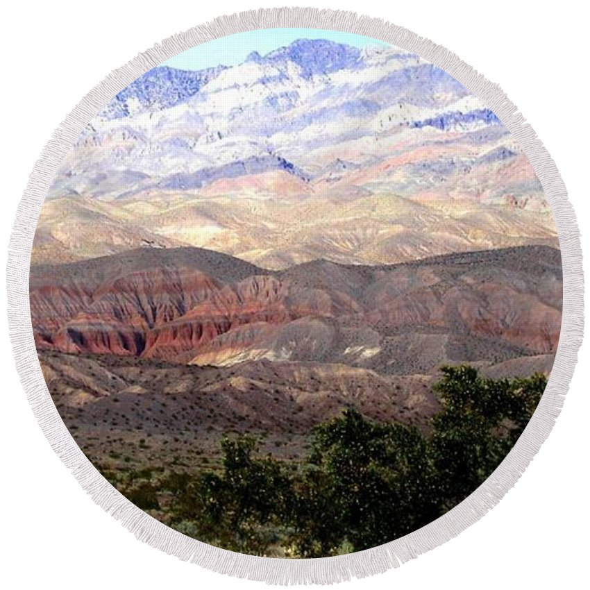 Death Valley Round Beach Towel featuring the photograph Death Valley 1 by Will Borden