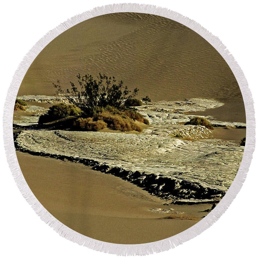 North America Round Beach Towel featuring the photograph Death Valley Salt by Juergen Weiss