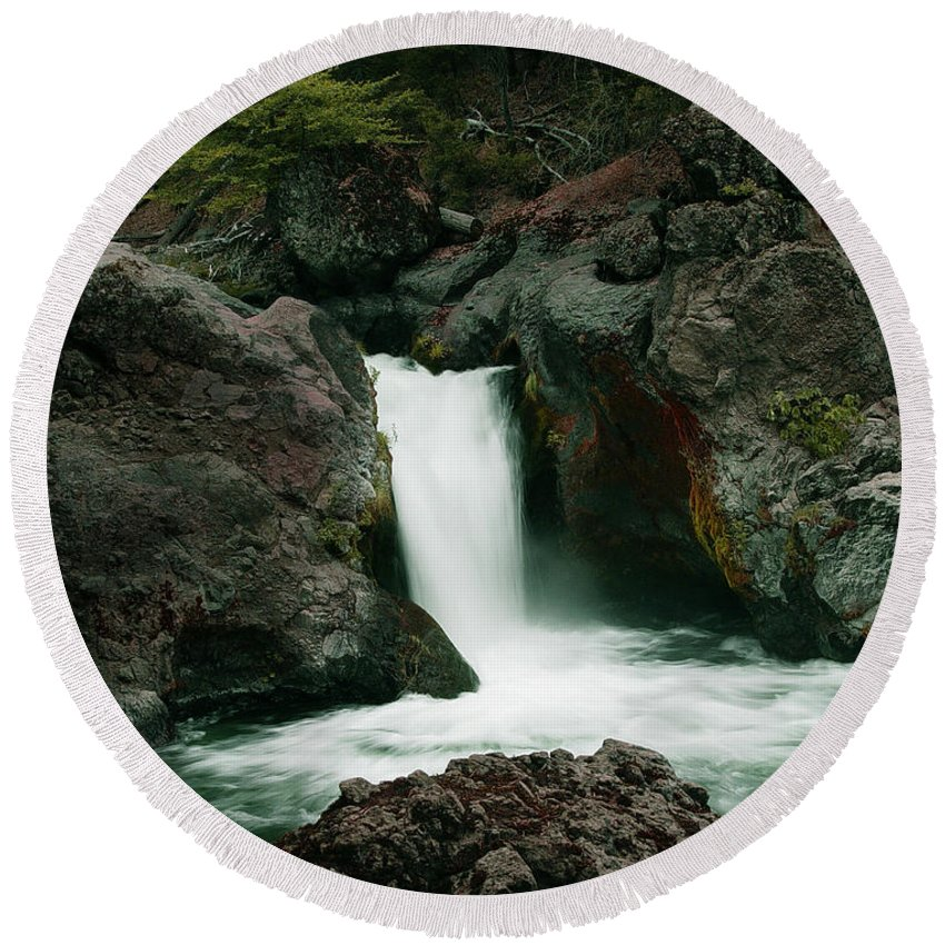 Creek Round Beach Towel featuring the photograph Deer Creek Falls by Peter Piatt