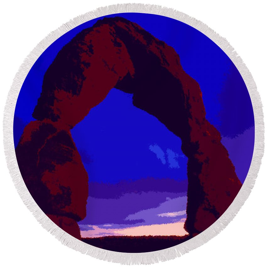 Delicate Arch Round Beach Towel featuring the painting Delicate Arch by David Lee Thompson