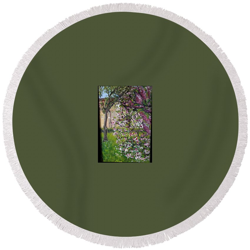 Landscape Round Beach Towel featuring the painting Dentist Flowers by Pablo de Choros