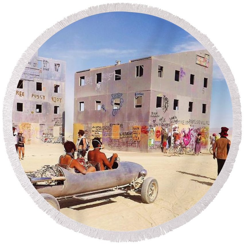 Burning Man Round Beach Towel featuring the photograph Desert Drive by Zen WildKitty
