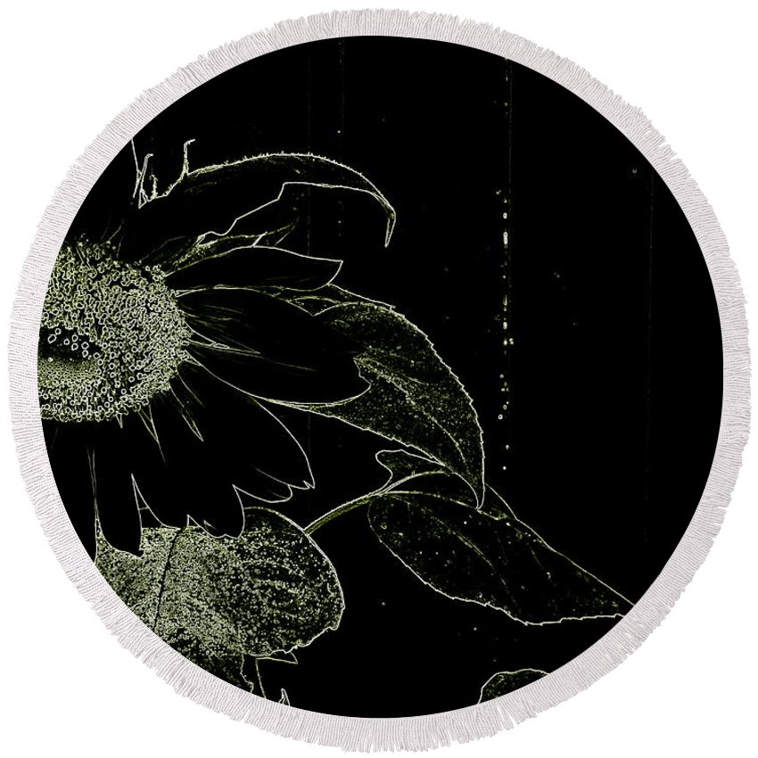Sunflower Round Beach Towel featuring the photograph Designs Of Nature by Betty-Anne McDonald