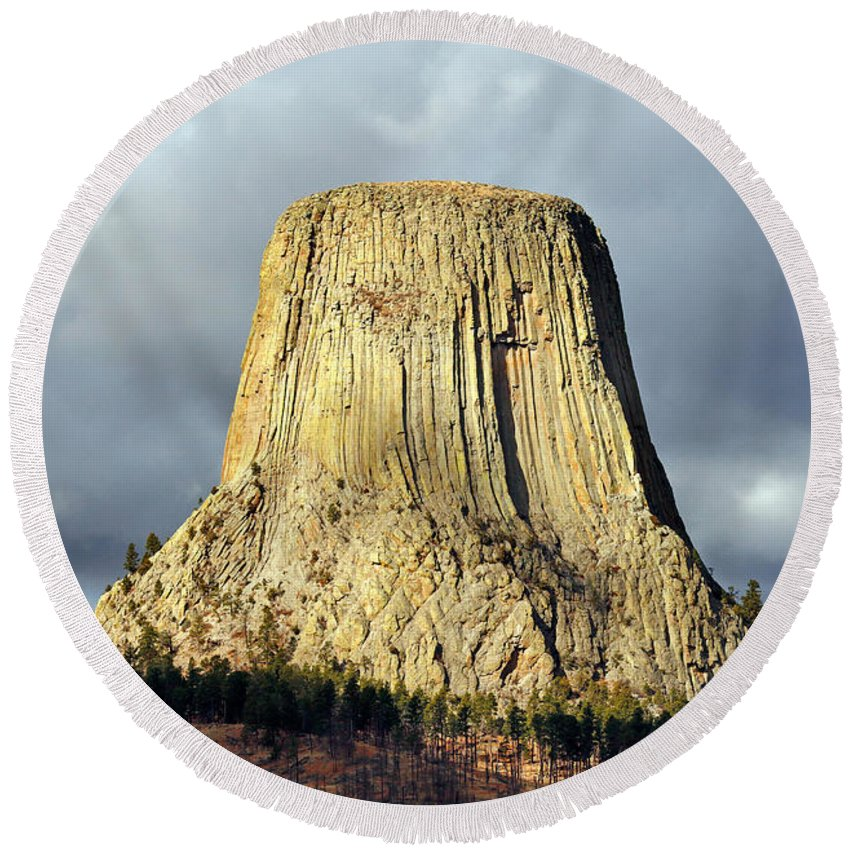 Devil Round Beach Towel featuring the photograph Devil's Tower by Nicholas Blackwell