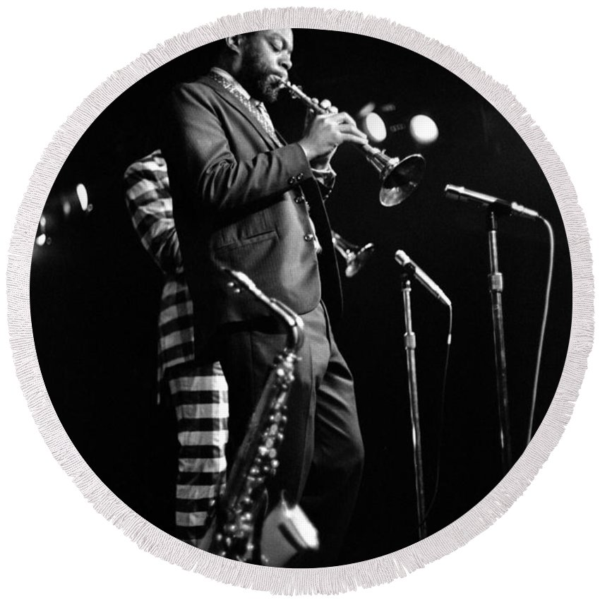 Ornette Coleman Round Beach Towel featuring the photograph Dewey Redman On Musette by Lee Santa