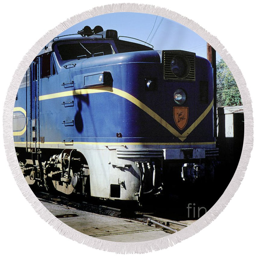 Alco Fa1 Power Round Beach Towel featuring the photograph Dh 17 Alco Pa4u, Delaware Hudson, Watervliet, Long Island, New by Photovault