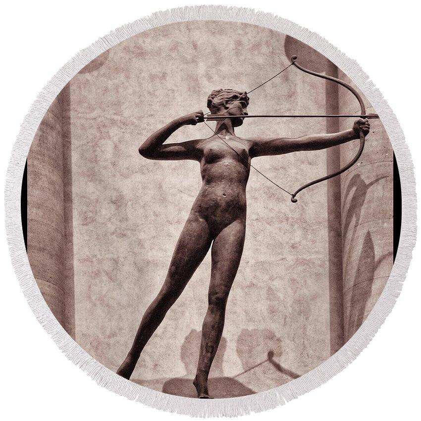 Madison Square Garden Round Beach Towel featuring the photograph Diana - Goddess Of Hunt by Bill Cannon