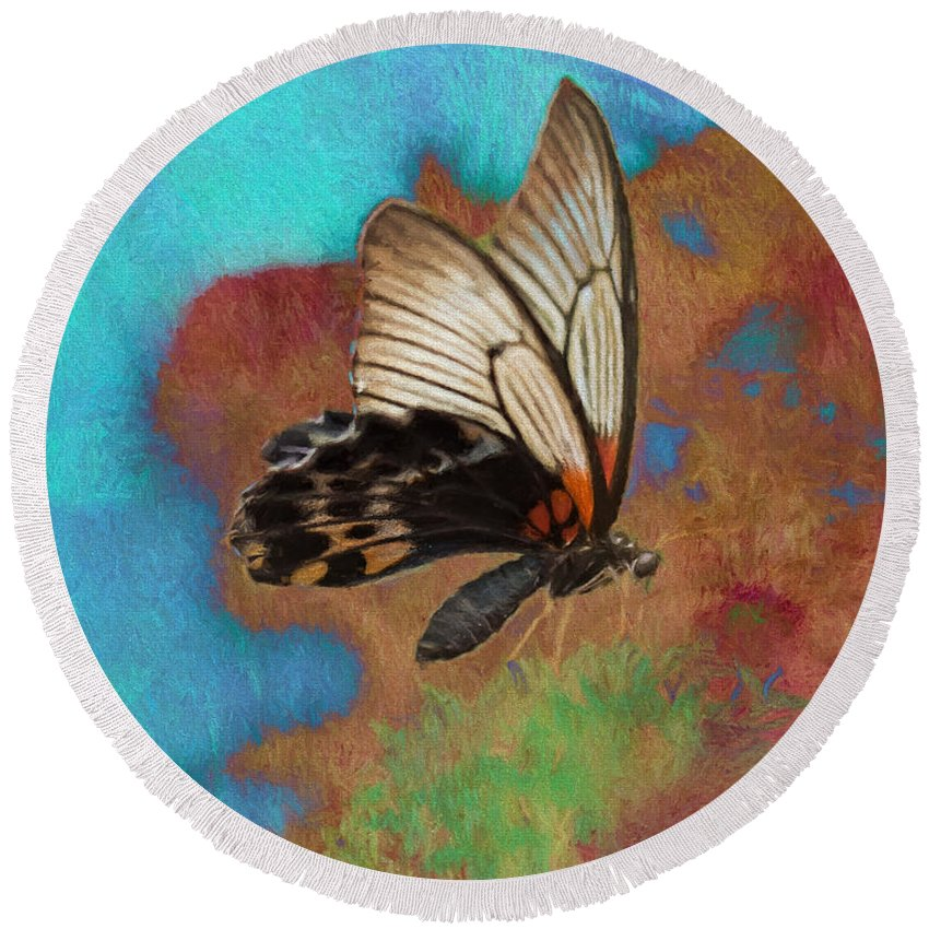 Albert Ginter Botantical Gardens Round Beach Towel featuring the photograph Digital Art Butterfly by Cindy Archbell