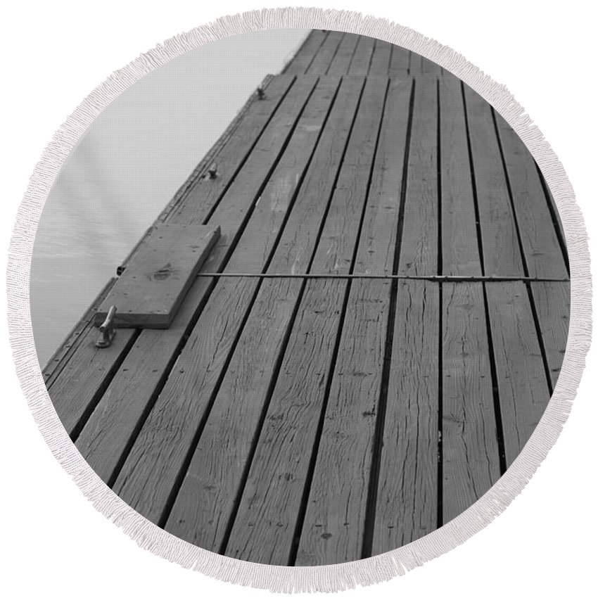 Dock Round Beach Towel featuring the photograph Dock In Black And White by Nadine Rippelmeyer
