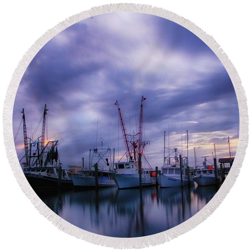 Round Beach Towel featuring the photograph Dock Of Bay by Kevin Wright