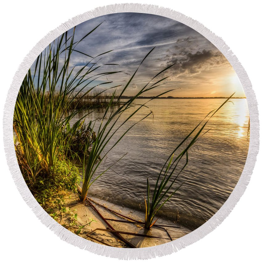 Lake Round Beach Towel featuring the photograph Dockside by Ronald Kotinsky