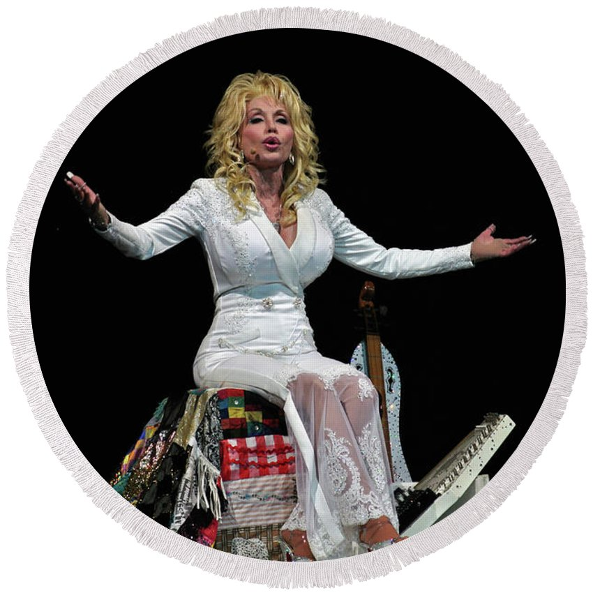 Dolly Parton Round Beach Towel featuring the photograph Dolly by Bernd Billmayer