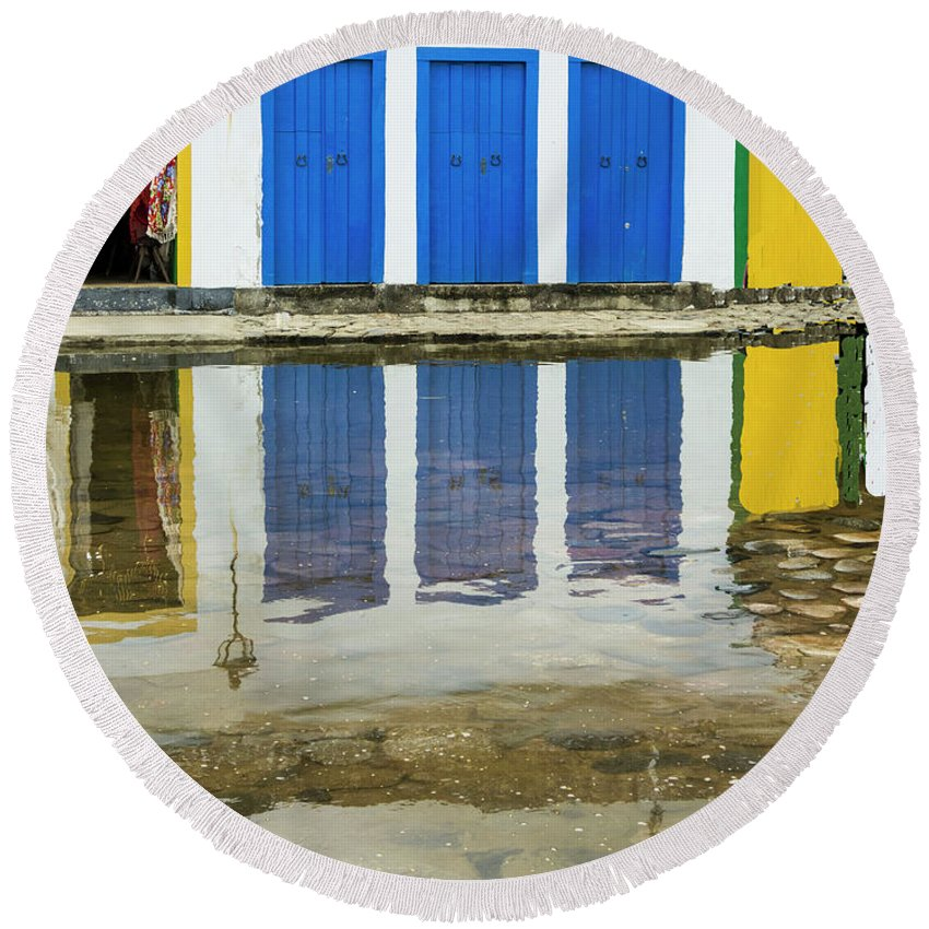 Landscape Round Beach Towel featuring the photograph Doorways In Paraty by Stan Roban