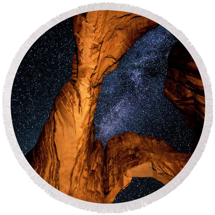 Utah Round Beach Towel featuring the photograph Double Arch And The Milky Way - Utah by Gary Whitton